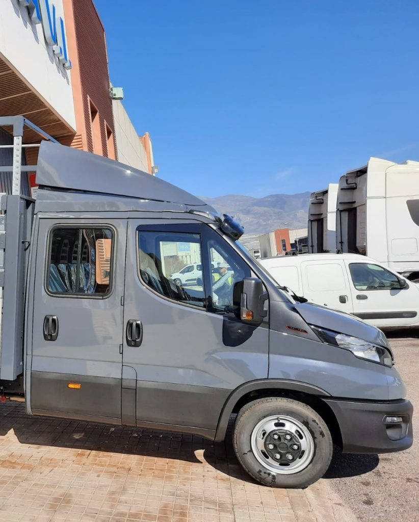 Iveco Daily Doble Cabina